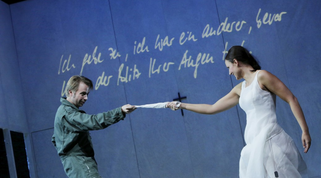 Miljenko Turk (Guglielmo) und Katrin Wundsam (Dorabella) - Foto © Leclaire