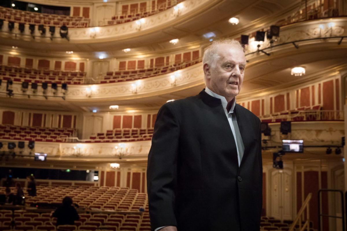 Berlin Staatsoper Unter Den Linden Programm Der Spielzeit 201819